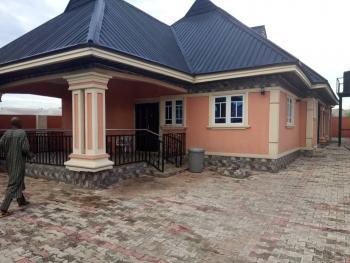 3 Bedroom Flat (en Suit), Sapele Road,evbuabogun Community, Benin, Oredo, Edo, Detached Bungalow for Sale