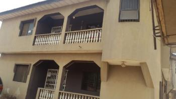 3 Bedroom Flat, 2, Sule Oyesola Crescent, Oke Ota Ona, Ikorodu, Lagos, Flat for Rent