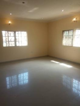 a Luxury Room in a 3 Bedroom Flat Very Close to The Road., Dolapo Oshinaike, Ado Road, Ajah, Ilaje, Ajah, Lagos, Self Contained (single Rooms) for Rent