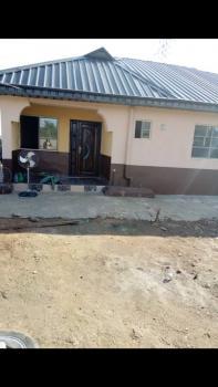 3 Bedroom Bungalow, Yarakan, Ijede Road, Ikorodu, Lagos, Detached Bungalow for Rent