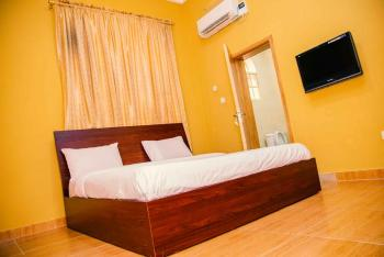 Marks Lodge 2 Bedroom, Close 53, Vgc, Lekki, Lagos, Flat Short Let