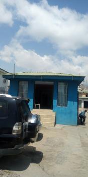 160sqm Show-room Space Facing The Road, Victoria Island (vi), Lagos, Shop for Rent