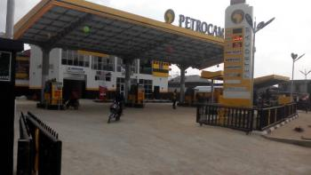 Shop and Office Spaces, Liasu Road, Ikotun, Lagos, Plaza / Complex / Mall for Rent