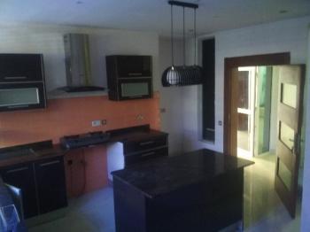 Four (4) Bedroom Wing of Duplex, By Meadow Estate, Richmond Estate, Lekki Phase 1, Lekki, Lagos, Semi-detached Duplex for Rent