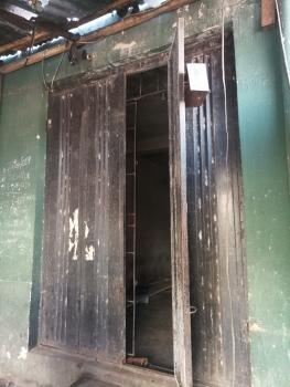 Very Big Shop with Personal Front, Yaba, Lagos, Shop for Rent
