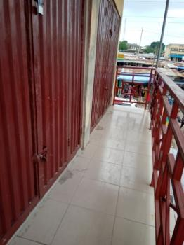 Neat, Spacious and Strategically Located Shop (upstairs), Aleshinloye, Ibadan, Oyo, Shop for Rent