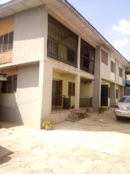 Mini Estate of 4 Blocks, Bodija, Ibadan, Oyo, Block of Flats for Sale