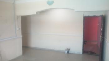 Massive 2 Bedroom Upstair, Lekki Phase 1, Lekki, Lagos, Flat for Rent