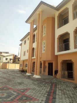 3bedroom Service Flat, Road 5, Ikota Villa Estate, Lekki, Lagos, Terraced Duplex for Rent