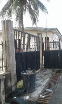 3 Bedroom Bungalow on 535sqm Land(global C of O), Oko Oba,agege Motor Road, Agege, Lagos, Detached Bungalow for Sale