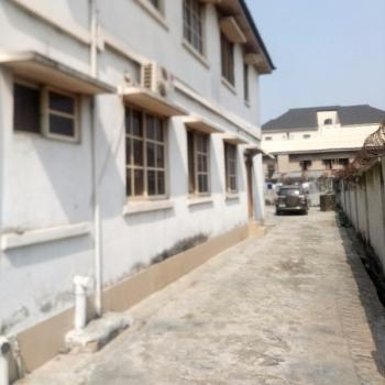 a Fairly Used and Spacious 3bedroom Plus an Extra Room @ Ebute Metta East, Yaba, Lagos., Yaba, Ebute Metta East, Yaba, Lagos, Flat for Rent