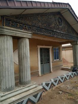 4 Bedroom Bungalow with Laundry on 1 and Half Plot, Apata, Ibadan, Oyo, Detached Bungalow for Sale