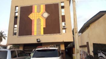 Luxry 3 Bedroom Flat, Agbaoku Street, Allen, Ikeja, Lagos, Flat for Rent