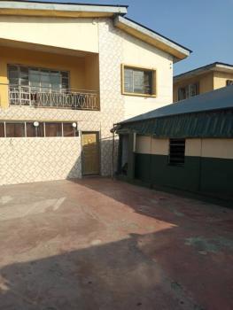 Neat 2 Bedrooms Flat, Lawanson, Surulere, Lagos, Flat for Rent