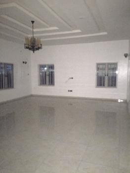 Massive 5 Bedroom Detached House + Bq, Gated Environment; Chevron Area, Lekki, Lagos, Detached Duplex for Rent