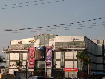 Sky Mall, Lekki Expressway, Lekki, Lagos, Plaza / Complex / Mall for Rent