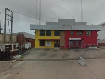 a Commercial Property Sitting on 2,000sqm Land, Challenge, Ibadan, Oyo, Office Space for Sale