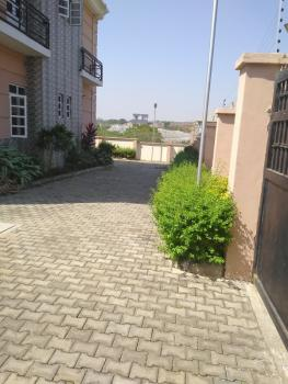 Impressive 4 Bedrooms Flat with Bq, Guzape District, Abuja, Flat for Rent