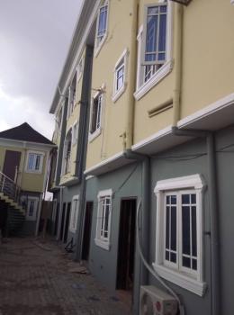 Super Mini Flat, Surulere, Lagos, Flat for Rent