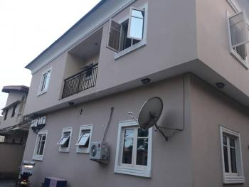 Modern 3 Bedrooms Flat, Off Bashiru Shittu Street, Gra, Magodo, Lagos, Flat for Rent