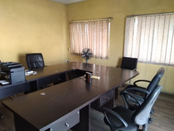 Office Space (work-station) for Use, Bishop Street, on Fasoro Street, Off Akinhanmi Street, Ojuelegba, Surulere, Lagos, Office Space for Rent