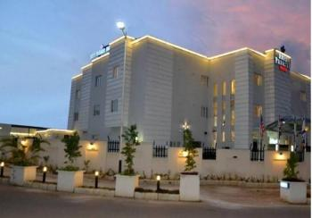 34 Room Hotel, Wuse Zone 2 Abj, Wuse, Abuja, Hotel / Guest House for Sale