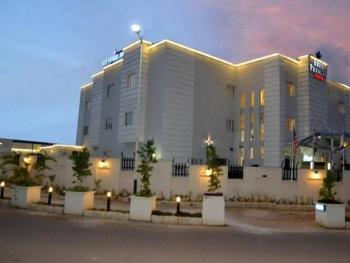 34 Rooms Boutique Hotel, Wuse 2, Abuja, Hotel / Guest House for Sale