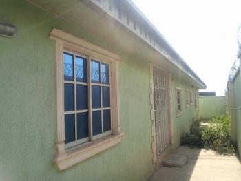 Exotic Finished 4 Bedroom Bungalow with 2 Living Rooms, Airport Area, Alakia, Ibadan, Oyo, Detached Bungalow for Sale