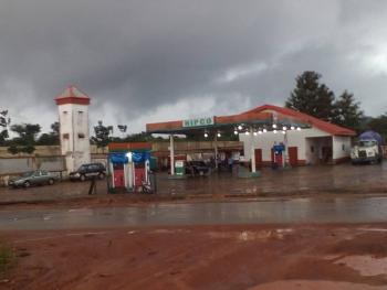 Filling Station, Enugu-onitsha Expressway, Awka, Anambra, Filling Station for Sale