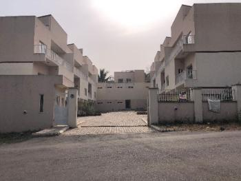 Distress Awoof Terrace Duplex, Oyi - River, Maitama District, Abuja, Terraced Duplex for Sale