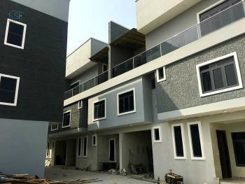 Lovely 5 Bedrooms Duplex, Lekki Right Off Pinnacle Filling Station, Lekki, Lagos, Terraced Duplex for Sale