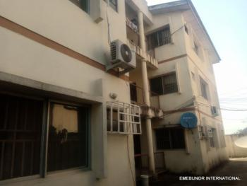 Massive 3 Bedroom, Landmark Is Berger Round About/ Sky Memorial, Zone 6, Wuse, Abuja, Flat for Rent