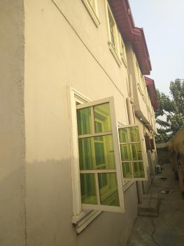 2 Bedroom Flat, Off Fola Agoro Road, Onipanu, Shomolu, Lagos, Flat for Rent