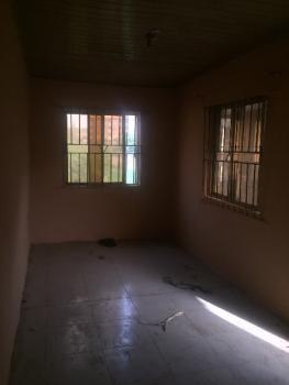 Mini Flat for, Davies Street, Abule Oja, Yaba, Lagos, Flat for Rent