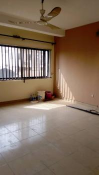 Luxury 3 Bedroom Flat, in an Estate, Anthony, Maryland, Lagos, Flat for Rent