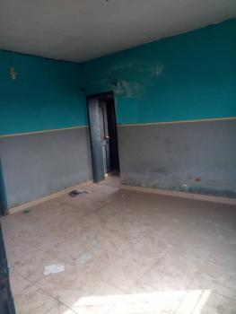 Sharp 2 Bedrooms, Yaba, Lagos, Flat for Rent