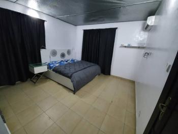 Luxury Two Bedroom Apartment, Omole Phase 2, Ikeja, Lagos, Flat Short Let