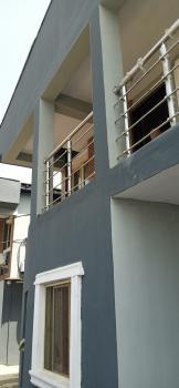 Nice 3bedroom Flat Upstairs, Off Ogunlana Drive, Ogunlana, Surulere, Lagos, Flat for Rent