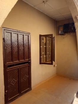 2 Bedroom Bungalow, Area 3, Garki, Abuja, House for Rent