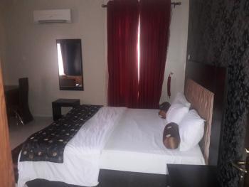 2 Bedrooms Executive Apartment, 19, Ladipo Omotosho Cole Street., Lekki Phase 1, Lekki, Lagos, Flat Short Let