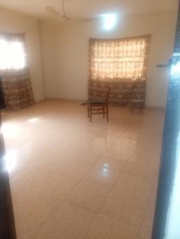 Spacious 3 Bedroom Flat (upstairs), Dankaro Estate, Ojodu, Lagos, Flat for Rent