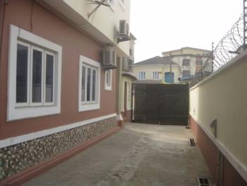 3 Bedroom Flat, Bolaji Banwo Street Off Onikoyi, Aguda, Surulere, Lagos, Flat for Rent