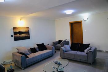 Well-furnished 3 Bedroom Flat with Great Amenities, Lekki Phase 1, Lekki, Lagos, Flat Short Let