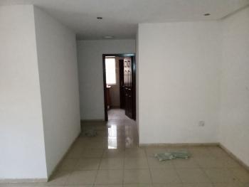 Massive Mini Flat Upstairs, Maruwa, Lekki Phase 1, Lekki, Lagos, Mini Flat for Rent