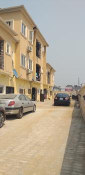 Clean 2 Bedroom Upfloor, Peninsula Garden Estate, Sangotedo, Ajah, Lagos, Flat for Rent