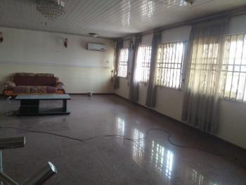 Massive 2bedroom Flat on 2 Floors, Lekki Phase 1, Lekki, Lagos, Flat for Rent