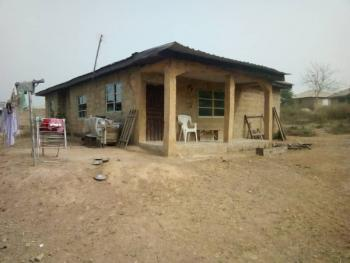 3 Bedroom Bungalow, Eyin Olu Street, Aroro Berry Area, Ojo Ibadan, Akinyele, Oyo, Terraced Bungalow for Sale