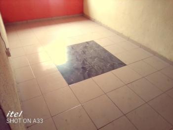 Executive Miniflat Upstairs, Off Lawanson Road Surulere, Lawanson, Surulere, Lagos, Mini Flat for Rent