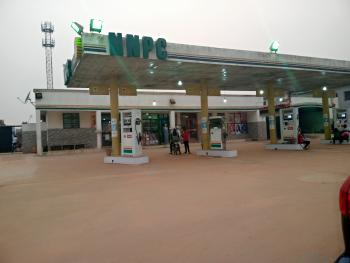 Filling Station with 5pumps on 4plots, Akute Alagbole Road, Ojodu, Lagos, Filling Station for Sale