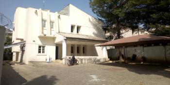 5bedroom Detached House with Servant Quarters, Maitama District, Abuja, Detached Duplex for Rent